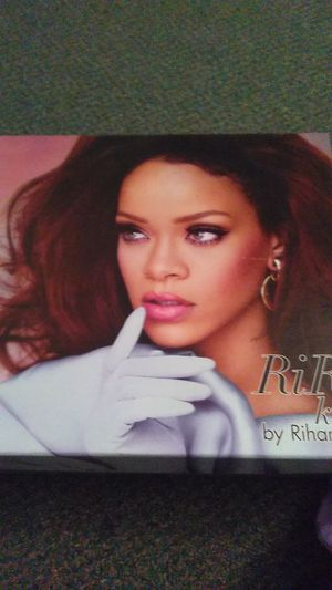 Rihanna ri Ri gift set perfume set for Sale in Milford, CT