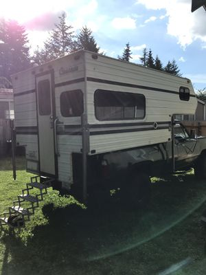 Complete remodeled Cascade truck camper for Sale in Bonney Lake, WA