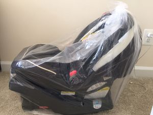 Infant car seat with base , feeding chair, safety gate for Sale in Arlington, VA