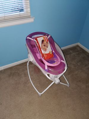 Travel bed,pink bathtub,huggies size 1 diapers for Sale in Charlotte, NC