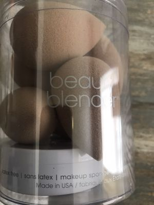 6 Nude Beauty Blender + Solid Kit Proof of Purchase in last picture for Sale in Gardena, CA