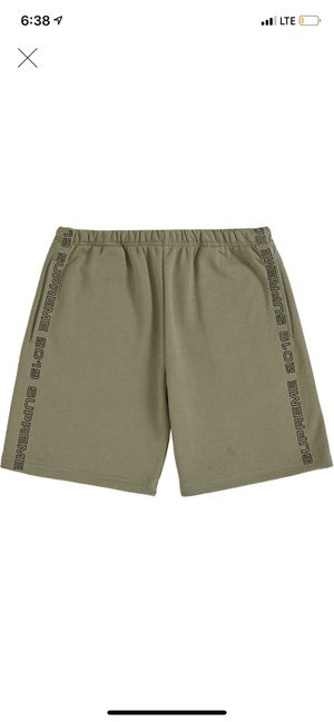 SUPREME SHORTS - OLIVE - SZ LARGE for Sale in Miami, FL