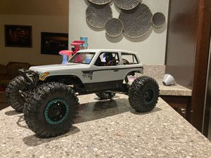 Axial wraith spawn RC crawler 1/10 for Sale in Moreno Valley, CA