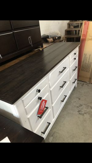 Dresser $500 for Sale in San Leandro, CA