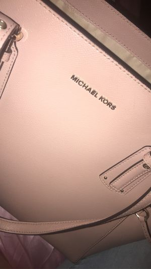 Michael kors tote bag for Sale in The Bronx, NY