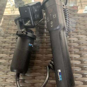 GoPro Karma Grip w/extender for Sale in Brooklyn, NY