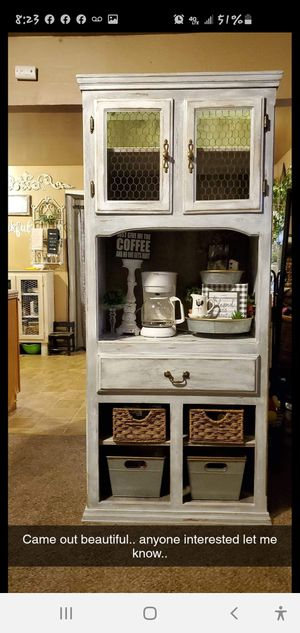 Distressed coffee bar. for Sale in Fresno, CA