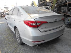 2016 Hyundai Sonata parts for Sale in Los Angeles, CA