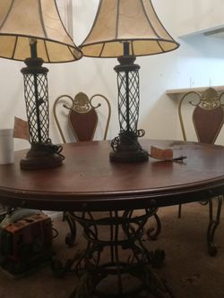 5pcDining Rooms Set Coffee TwoEnds Dining Tables Forsale $160 for Sale in Atlanta,  GA