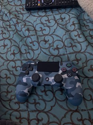 PS4 controller for Sale in Vista, CA