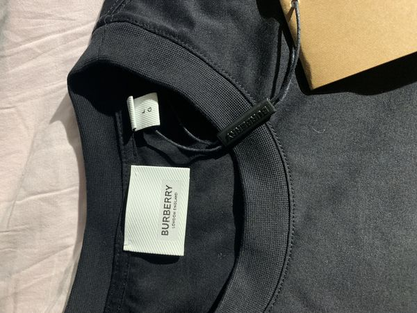 Burberry logo tee size S brand new with tags