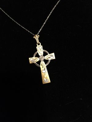 14kt white and yellow gold cross necklace for Sale in Severn, MD