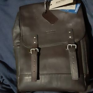 Kenneth Cole Leather Backpack for Sale in Phoenix, AZ