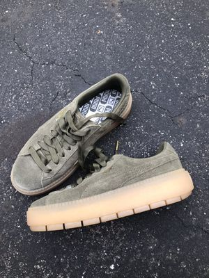 PUMA PLATFORM SNEAKERS for Sale in New Albany, OH