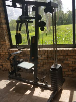 GYM EQUIPMENT SET WITH WEIGHTS for Sale in Kissimmee, FL
