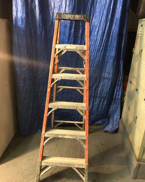 fiberglass ladder 6 foot for Sale in Hyattsville, MD