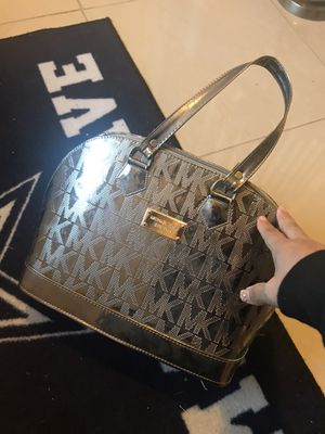 New MK purse and wallet price is firm for Sale in Arlington, TX