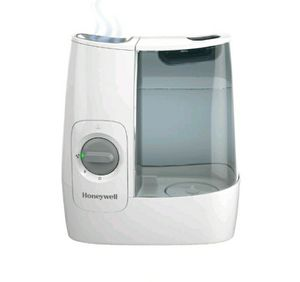 Warm Mist Humidifier Black - Honeywell HMW845W. NIB for Sale in Kernersville, NC