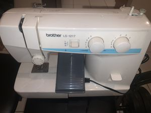 Sewing machine. for Sale in Katy, TX