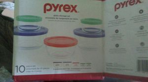 Pyrex 10 piece storage set for Sale in Barstow, CA