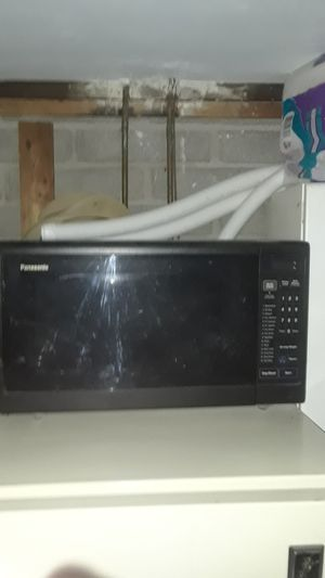 Panasonic microwave with turntable for Sale in Scottsdale, AZ