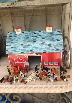 Vintage Ohio Tin Toy Litho Rolling Acres Farm Barn Tractors and Animals for Sale in Lakewood, CA