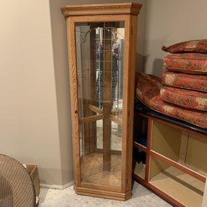 Solid Oak Corner Curio- excellent condition for Sale in Manhattan, IL