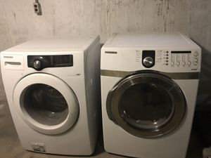 Selling Samsung washer/dryer altogether for for Sale in St. Louis, MO