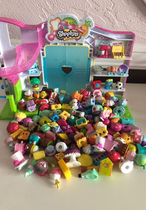 Shopkins Small Mart & Accessories for Sale in Grand Terrace, CA