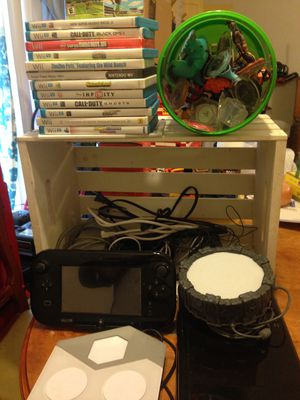 Nintendo Wii U Plus 13 games and extras! for Sale in Salem, OR