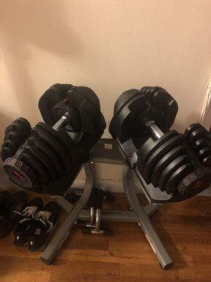Bowflex 1090 Dumbbells with stand and 5.1 bench for Sale in Queens, NY