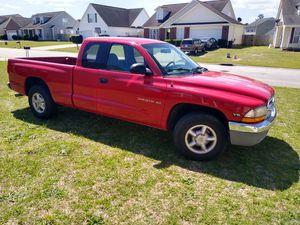 2000 Dodge Dakota SLT v6 magnum for Sale in Fayetteville, NC