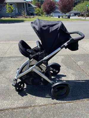 B Ready Double Stroller w/ Second Seat for Sale in Puyallup, WA