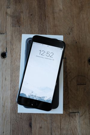 iPhone 7 Plus unlocked 32gb mint! for Sale in Portland, OR