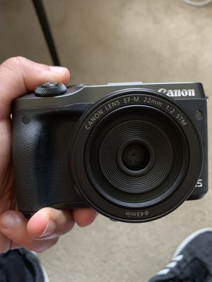 Canon EOS-M6 + EFM 22 lense for Sale in Warrington, PA