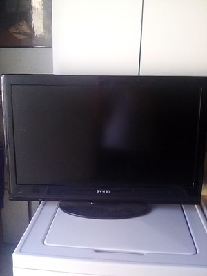 Dynex 32 inch tv for Sale in Arcadia, CA