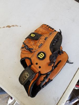 "11"" kids Wilson baseball glove broken in for Sale in Norwalk, CA"