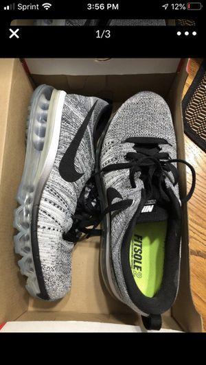 Nike's comfy shoes for Sale in Burlington, KY