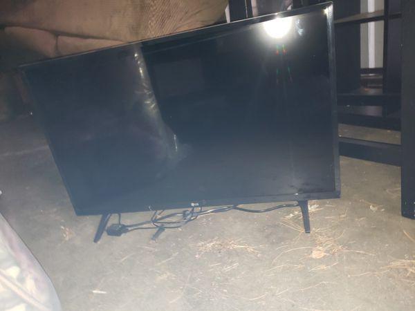 32in LG TV