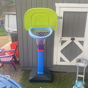Little tikes Basketball for Sale in Placentia, CA