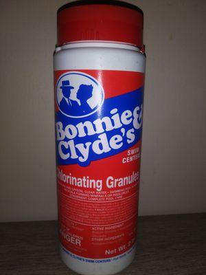 2 lb bottle Bonnie & Clyde chlorine granules for Sale in Richland Hills, TX