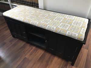 Entry bench w/cushion & storage $50 for Sale in Franklin, MA