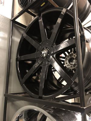 BRAND NEW set (4) Gloss Black 22 inch Dub Push rims for only$1200!!! for Sale in Tacoma, WA