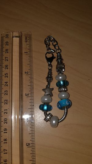 Stainless steel womens charm bracelet 9in for Sale in Irving, TX