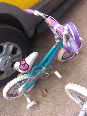 Little girls bike will deliver for a small fee for Sale in Smyrna, GA