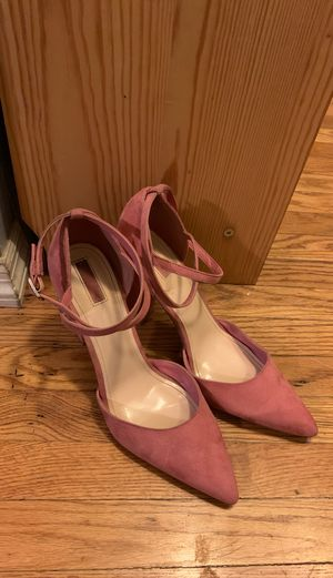 Pink suede heels size 10 for Sale in Altadena, CA