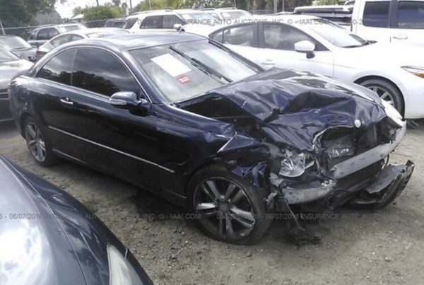 Mercedes CLK 350, 2009. For parts only