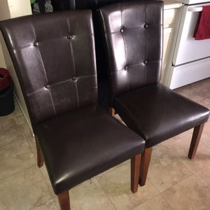 2 dining chairs for Sale in Phoenix, AZ