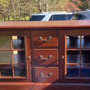 Hooker Furniture TV Console Buffet for Sale in Anderson, SC