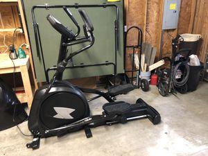 Xterra FS5.8e elliptical almost new for Sale in Puyallup, WA